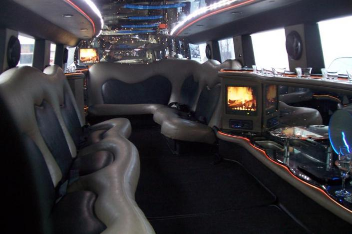 [Image: Have a blast everywhere you go with Crown Limousine! ]